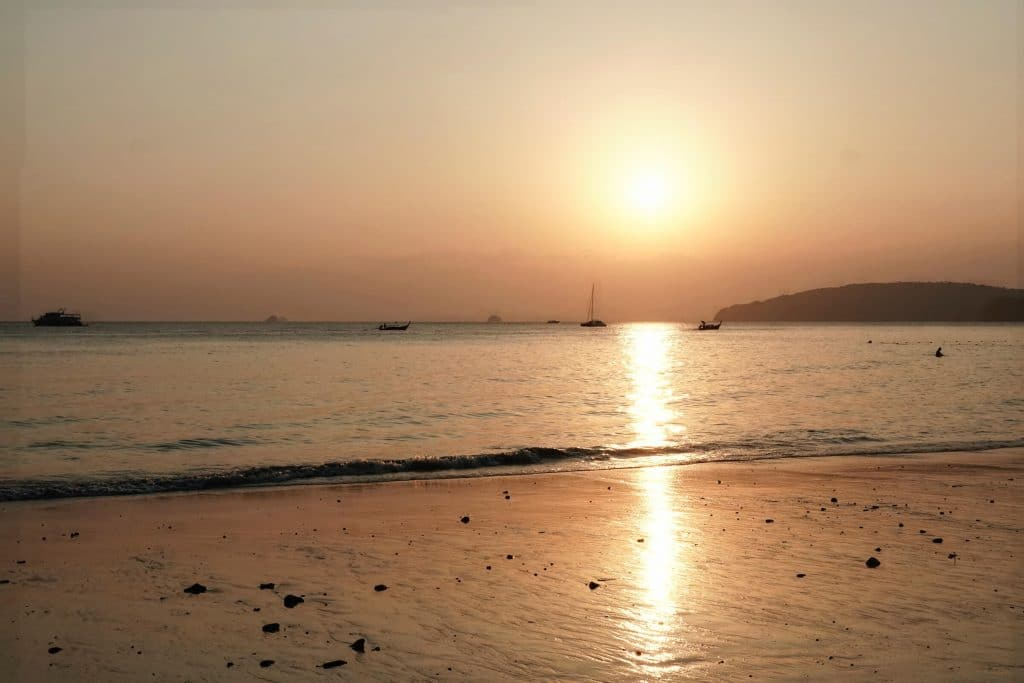 coucher de soleil krabi ao nang