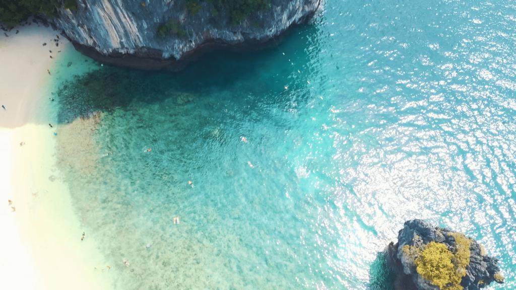 HONG ISLAND (1)